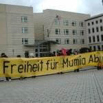 [Alemanha] Protesto na Embaixada dos Estados Unidos em Berlim pede a libertação de Mumia Abu-Jamal