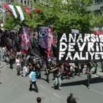 """[Turquia] 1º de maio: """"Não trabalhe, coma o patrão antes da manifestação"""""""