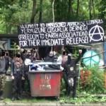 [Escócia] Faslane Peace Camp: Faixa em solidariedade com os presos anarquistas na Turquia