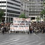 [Grécia] Passeata em solidariedade ao anarquista Kostas Sakkas reúne milhares de pessoas em Atenas