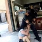 Polícia grega reprime passeata em solidariedade com o preso anarquista Kostas Sakkas