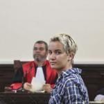 [Tunísia] Amina Sboui abandona Femen por islamofobia
