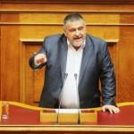 [Grécia] Deputado neonazi pego armado em um controle de tráfego