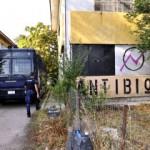 [Grécia] Ioannina: Desalojo da okupa Antiviosi pelas forças repressivas do Regime