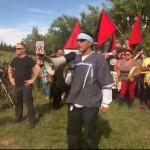[EUA] Manifestação contra neonazistas que tentam criar comunidade de supremacia branca em Leith