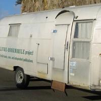 """[EUA] O projeto """"Mobilivre Bookmobile"""" está fazendo um livro!"""