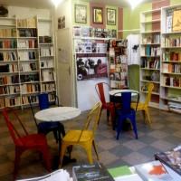 """[França] Lançamento de assinaturas para apoiar a livraria """"L'Autodidacte"""""""