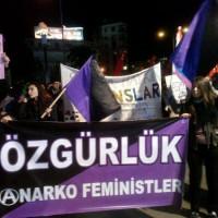 [Turquia] Manifestação anarcofeminista em Instambul