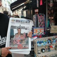 [Turquia] Fotos: Anarquistas saem às ruas para divulgar jornal