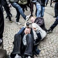 [Dinamarca] Mesmo com a proteção da polícia, nazis são expulsos do centro de Copenhague