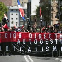 [Espanha] Cerca de 2000 pessoas participam da manifestação do 1º de Maio convocada pela CNT, em Madri
