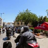 [Grécia] 1º de Maio de 2014: Marcha motorizada ao café Scherzo, cujo dono tinha maltratado um trabalhador