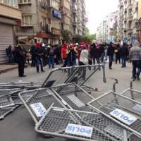 [Turquia] Milhares de pessoas desafiaram em Istambul a proibição de se manifestarem no Primeiro de Maio