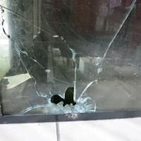 [Grécia] Atenas, Exarchia: Ataque com disparos de arma de fogo contra o Centro Social Vox
