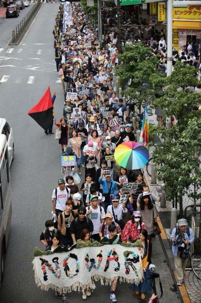 japao-milhares-vao-as-ruas-de-to-1