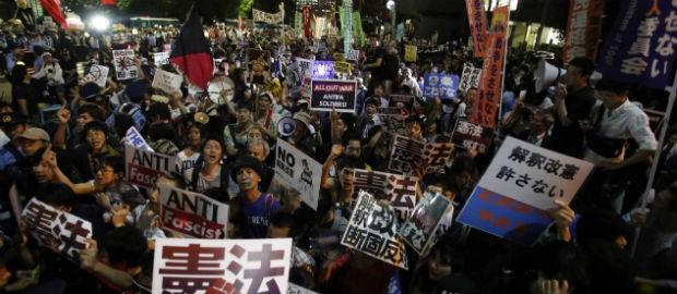 japao-sob-protesto-antimilitaris-1