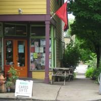 """[EUA] Ajude a salvar o """"Red & Black Cafe"""""""