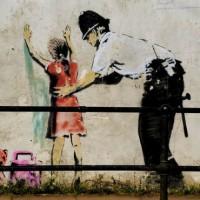 [Grécia] A Polícia se encarregará da vigilância das escolas e dos espaços públicos frequentados por jovens