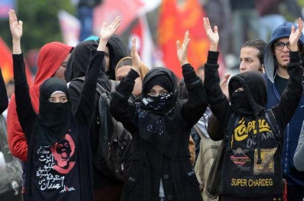 prisoes-em-massa-de-anarquistas-1