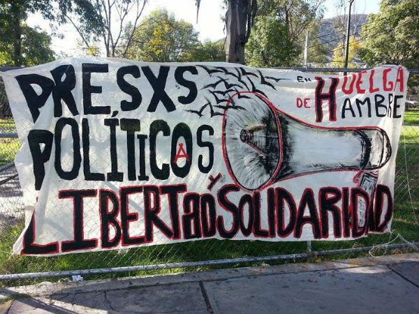 http://noticiasanarquistas.noblogs.org/files/2014/10/mexico-informe-do-7o-dia-de-grev-1.jpg