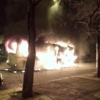 grecia-milhares-de-manifestantes-4.jpg
