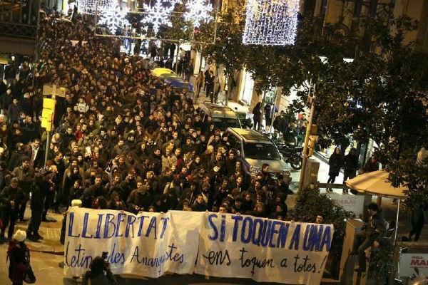 milhares-saem-as-ruas-na-espanha-1