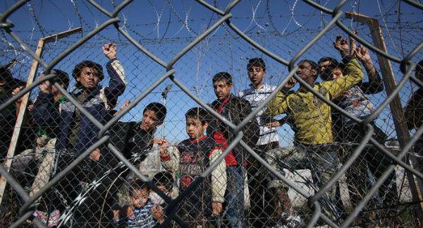 grecia-suicidio-de-imigrante-no-1