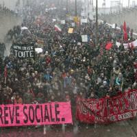 [Canadá] Milhares de estudantes vão às ruas em Montreal em protesto antiausteridade