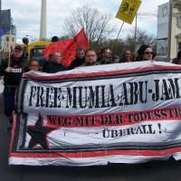 [Alemanha] Em Berlim, protesto contra a execução médica de Mumia Abu-Jamal