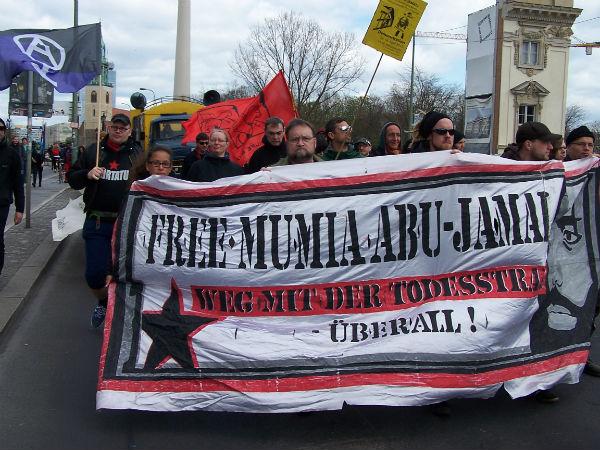 alemanha-em-berlim-protesto-cont-1