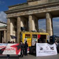 alemanha-em-berlim-protesto-cont-4.jpg