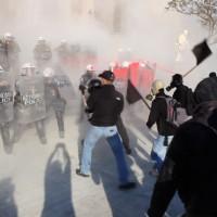 grecia-massiva-manifestacao-anti-4.jpg