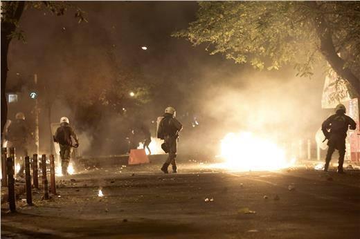 grecia-o-primeiro-mes-do-syriza-1