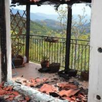 [Grécia] Ataque incendiário a casa de lutador contra minas de bauxita