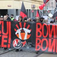 """[República Tcheca] Primeiro de Maio em Praga: """"Guerra à guerra!"""""""
