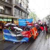 [Suíça] Genebra: Um bloco antiautoritário radiante num 1º de Maio chuvoso