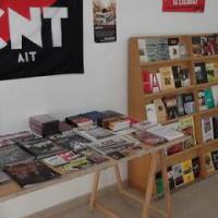 [Espanha] O livro (A): tecendo redes culturais autogestionárias
