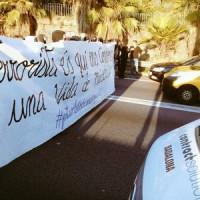[Espanha] Bloqueio de ruas em Barcelona frente às montagens contra o anarquismo