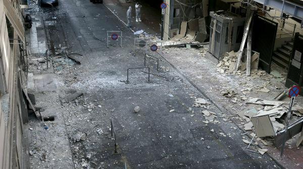 grecia-bomba-explode-perto-de-federacao-empresar-1