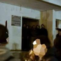 """[Grécia] Mitilene, Lesbos: O partido """"Comunista"""" reprime ocupação de edifício por refugiados"""