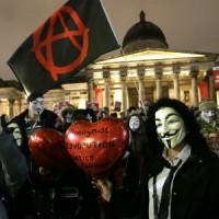 """[Reino Unido] """"Marcha de um milhão de máscaras"""" no centro de Londres"""