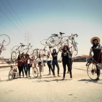 [EUA] Assim é a guerrilha feminista que percorre as ruas de L.A. de bicicleta