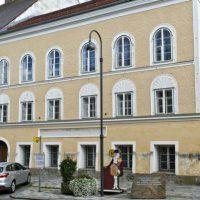 [Áustria] Ministro austríaco quer demolir casa onde Hitler nasceu