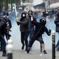 [França] Em Paris, milhares vão às ruas em protesto contra a Lei do Trabalho