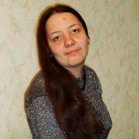 [Rússia] Anarquista russa Svetlana Tsvetkova sentenciada a um ano de trabalho forçado por distribuição de folhetos contra a polícia