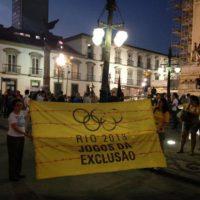 Com a proximidade dos Jogos, inúmeros protestos contra as Olimpíadas já ocorreram e outros estão sendo organizados no Rio de Janeiro