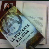 [Espanha] Lançamento: A montanha maldita, de Begoña Garcia Carteron