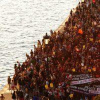 [Grécia] Grande manifestação contra as fronteiras e seus muros em Tessalônica