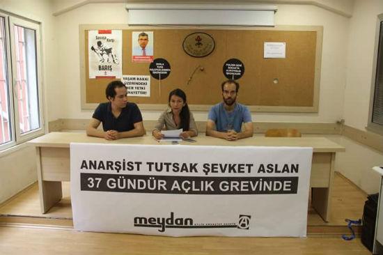 turquia-prisioneiro-anarquista-sevket-aslan-em-g-1