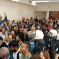 [Grécia] Tessalônica: Manifestação anula leilão de casas hipotecadas por bancos